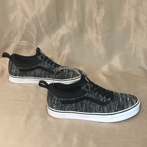 Vans size 8 sneakers black & white